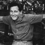 На этой фотографии Сергею Голубкову 18 лет. Неиссякаемый оптимизм был дан ему от рождения и помогал творить великие дела всю жизнь.