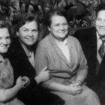 Рядом с Сергеем – мама Инги, Нина Павловна Васильева, спасительная тёща.