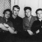 Леонид Ефименко, Евгений Гусев, Сергей Голубков и Владимир Додух. Они не только вместе учились в Ленинградском технологическом институте, но и жили в одной комнате в общежитии, и дружили всю жизнь.